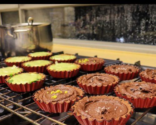 פאי שוקולד ובצק אגוזי לוז- ללא גלוטן, ללא סוכר