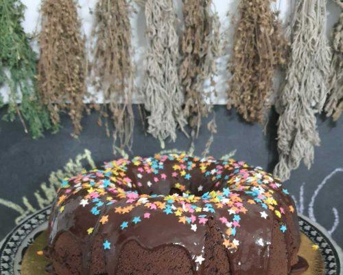 עוגת שוקולד טבעונית ליום הולדת
